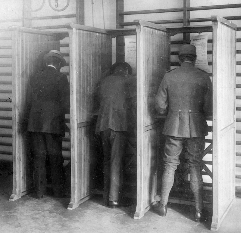 voting_at_dutch_elections_1918